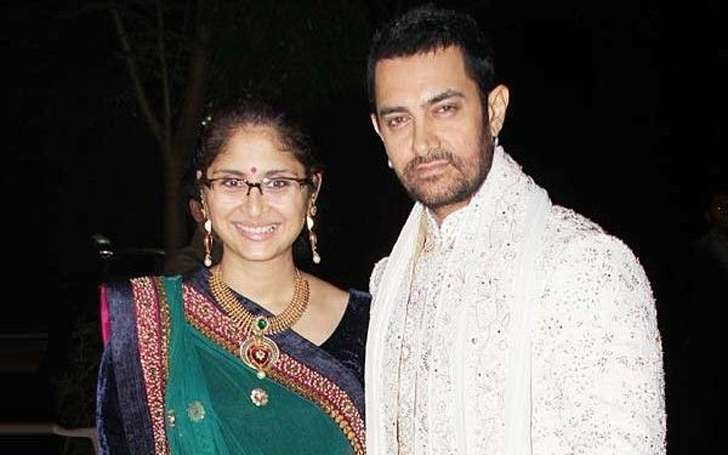 Aamir Khan With His Wife Kiran Rao In Traditional Wear Source Lightscamerabollywood