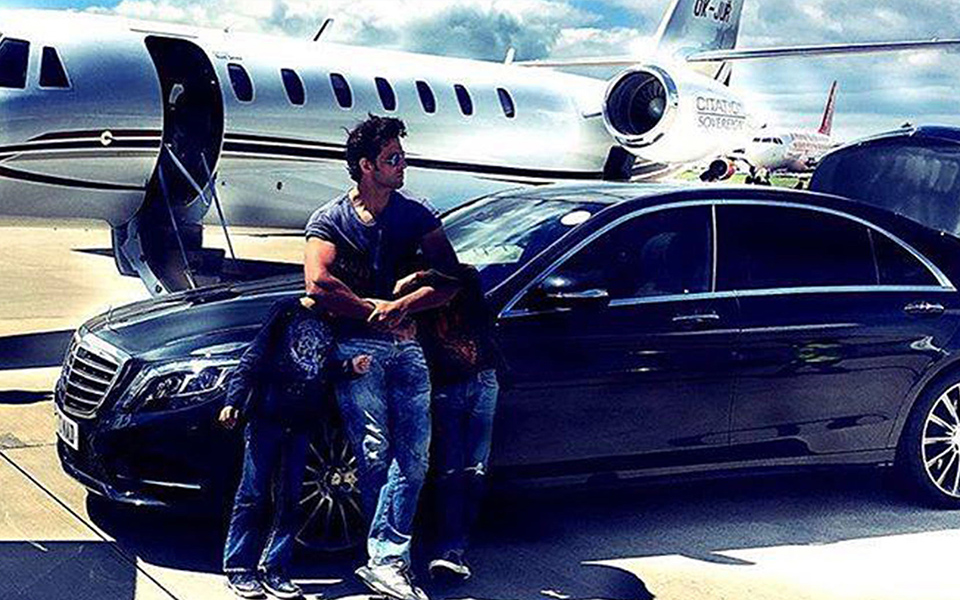 Hrithik Roshan with his sons and his mercedes.