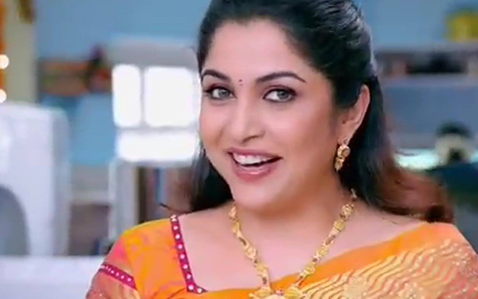 Ramya Krishnan Biography Career Awards And Net Worth Sivagami In Bahubali