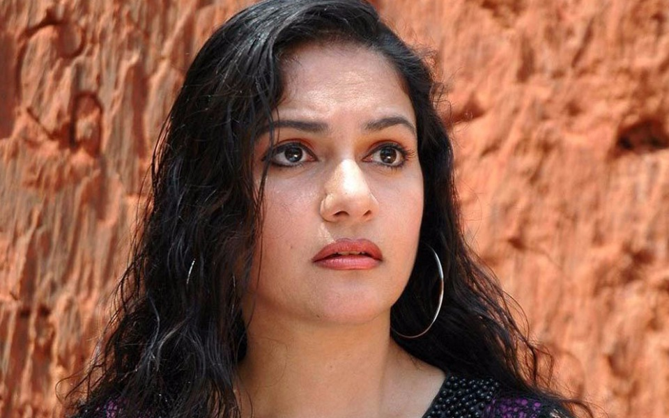 Gracy Singh Nude Photos 60
