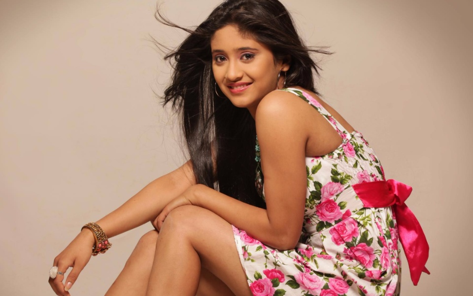 Shivangi Joshi – Biography, Early Life, Personal Details, Career and Net Worth