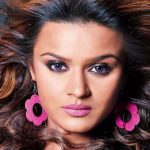 Aashka Goradia – Biography, Personal Details, Career, and Net Worth
